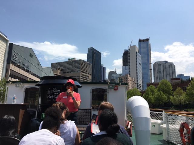 Chicago river boat building 1
